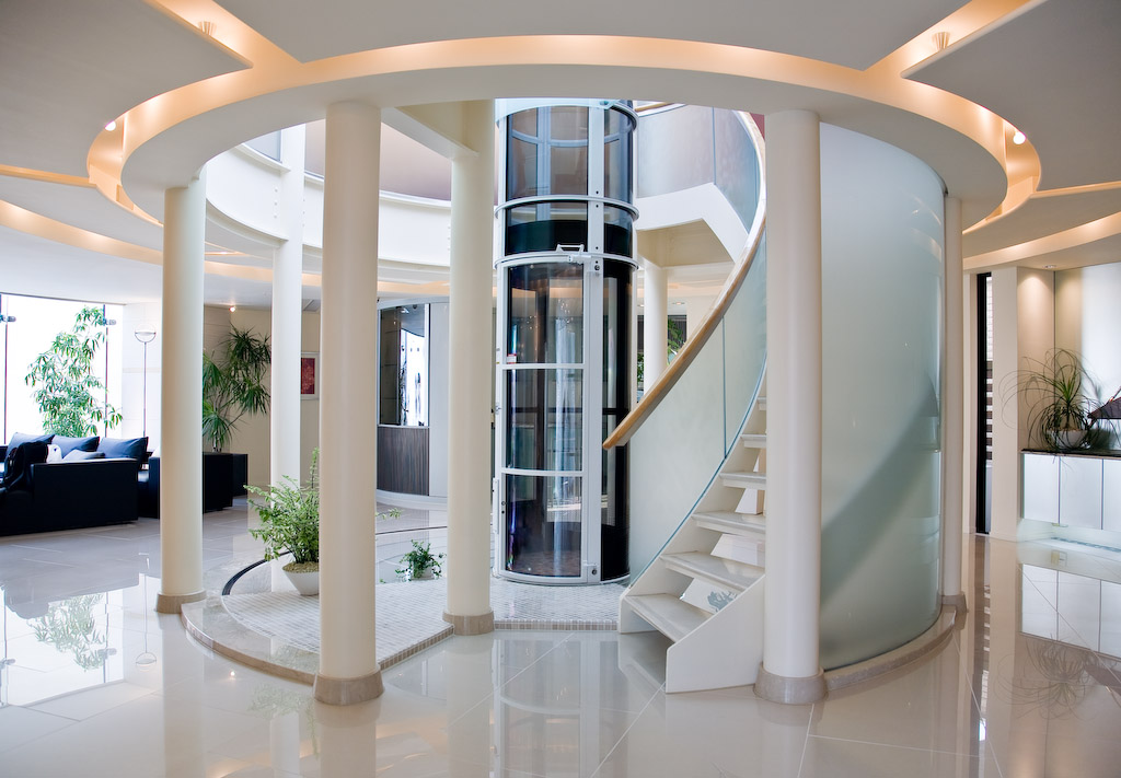 Elevator for the handicapped-advantages and things to consider