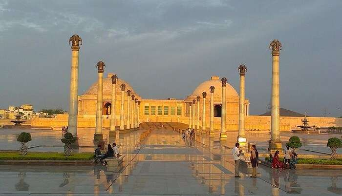 Top Locations To Explore In Lucknow